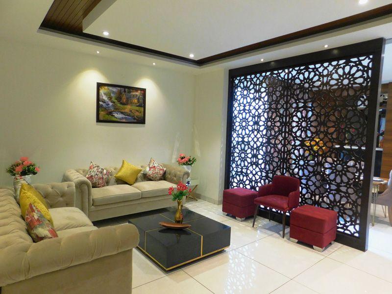 2bhk flats in zirakpur highland park living area-cascade buildtech